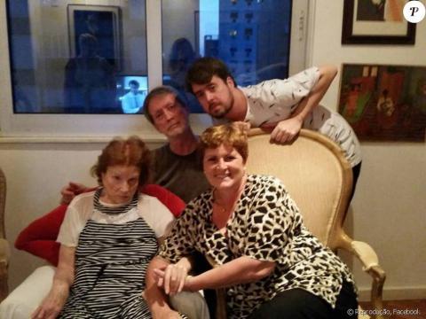 Tônia Carrero, com 93 anos, estava com hidrocefalia oculta.