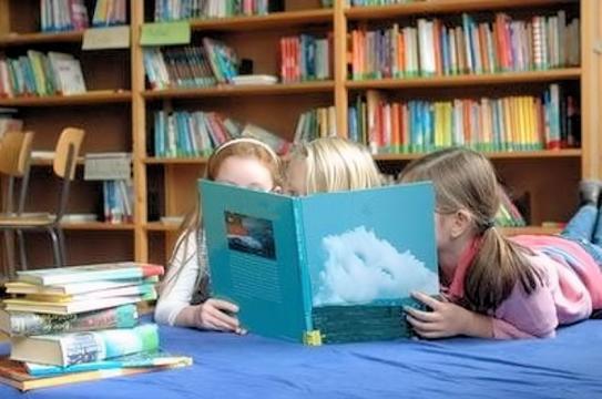 credit: mamurio.it Bambini che leggono