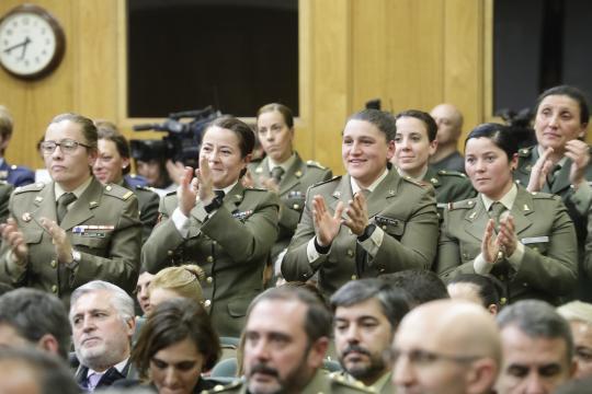 La intervención de la coronel Ortega despertó el entusiasmo entre sus compañeras