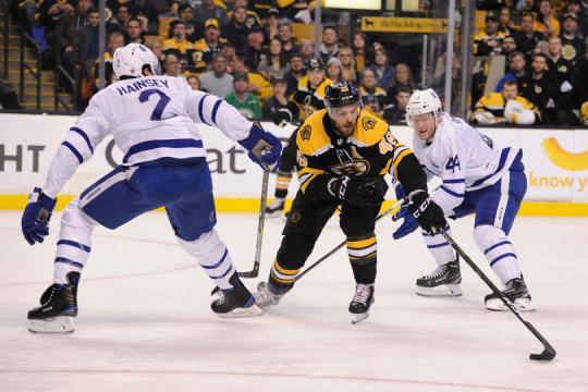 Krejci metió uno de los 5 goles de los Bruins en el partido. NHL.com.