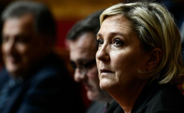 Marine Le Pen visée par un contrôle fiscal? Une « persécution » de ... - bfmtv.com