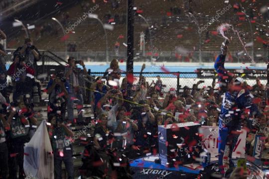 NASCAR: 12 de Nov entradas galaxia 200 — Foto editorial de stock ... - depositphotos.com
