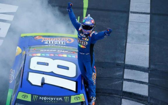 NASCAR: Kyle Busch se llevó la langosta en New Hampshire. - Chicas ... - chicasracing.com