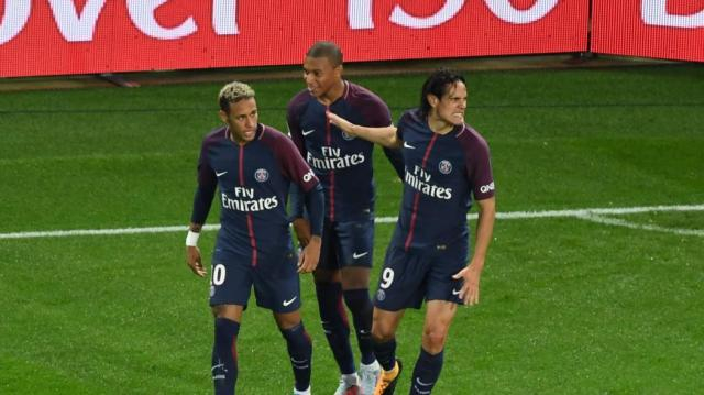 Two own-goals give PSG victory against Lyon - Ligue 1 2017-2018 ... - eurosport.co.uk