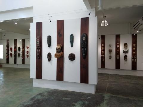 A un paso de San Diego, el Museo de la Máscara sienta su colección en un nuevo edificio.
