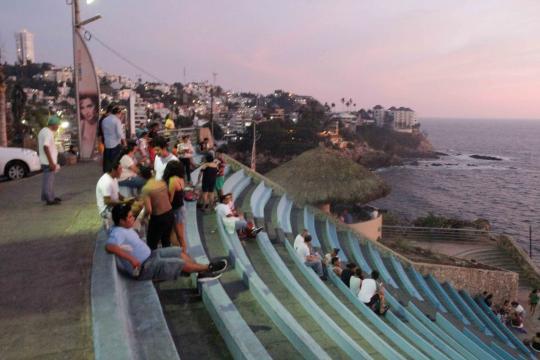 El Gobierno ha invertido para ubicar la Sinfonía del mar ante la Quebrada para diversificar la experiencia