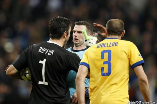 Real Madrid - Pour Zidane, Buffon