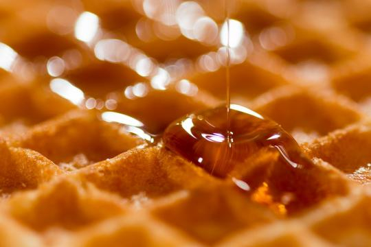 Waffles are great, and even better without rifles (Image via Pixabay/Free-Photos)