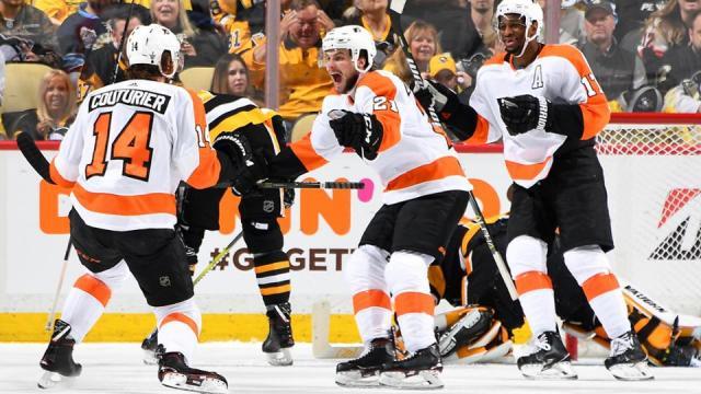 Couturier metió el gol de la victoria para que Philadelphia siga con vida en los playoffs. NHL.com.