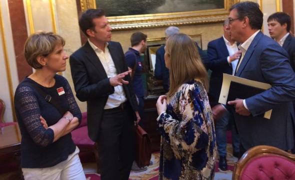 S.Cazebonne, la candidate d'En Marche à l'assaut de la ... - equinoxmagazine.fr