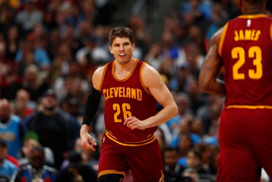 Cavaliers make necessary move by retaining Kyle Korver   FanRag Sports - fanragsports.com