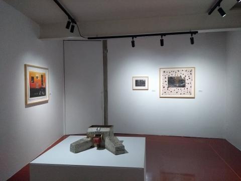 Intervenciones pictóricas y arte objeto, la confrontación de la libertad en el contenido.