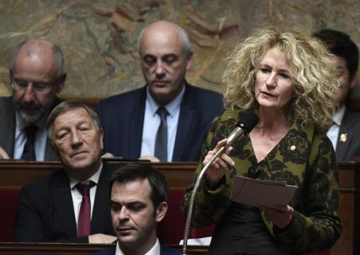 Loi asile et immigration: la contestation à bas bruit d'une ... - liberation.fr
