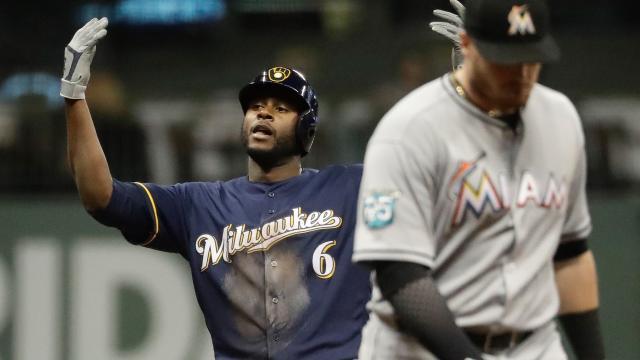 Lorenzo Cain ha sido la pieza clave en ofensiva para los Brewers. MLB.com.