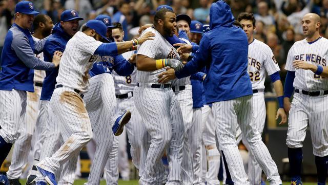 Los Brewers ya no sin una sorpresa en la Liga Nacional. MLB.com.
