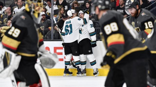 Logan Couture metió el gol en el doble tiempo extra para sumar a su cuota de dos goles en el partido. NHL.com.