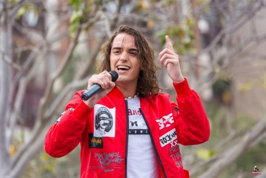 Marcoo durante su actuación en la Feria de Primavera en Viveros