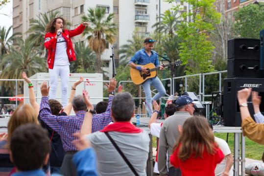 Marcoo revoluciona al público, que ovaciona su actuación