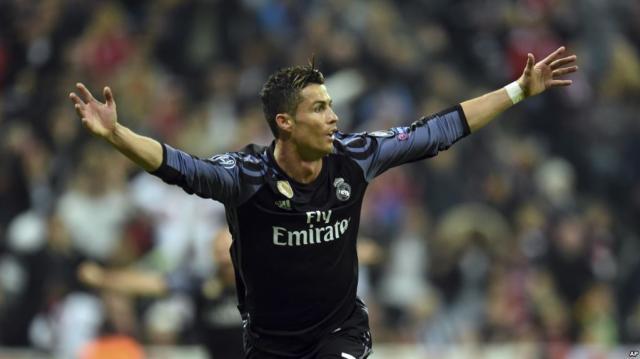 Real Madrid bat Bayern Munich 2 à 1 avec le 100e but de Ronaldo en ... - voaafrique.com