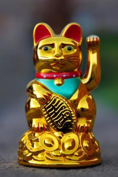 Gato chino de la suerte (Pxhere)