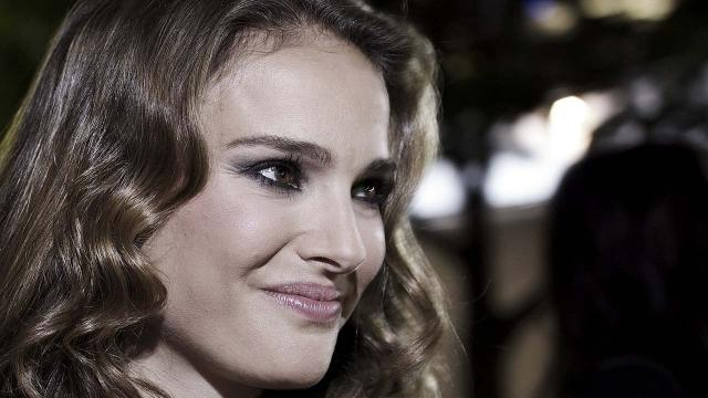 Jerusalem-born Hollywood actress has boycotted the Genesis Prize celebration in Israel [Image John Steven Fernandez/Wikimedia]
