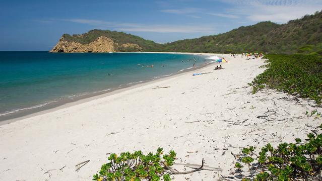 Playa los Frailes - tuguiaecuador.com