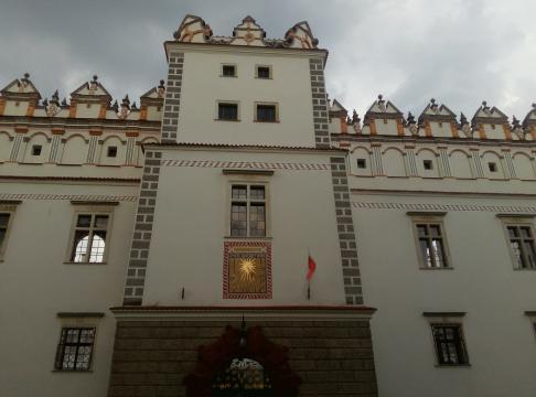 Frontowa elewacja zamku w Baranowie Sandomierskim (fot. Krzysztof Krzak)