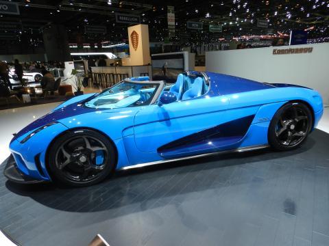 Koenigsess Regera, la prima mega-car della storia dell'automobilismo