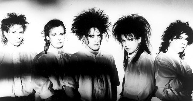 The Cure: tra elettronica e rock (Foto - rollingstone.com)