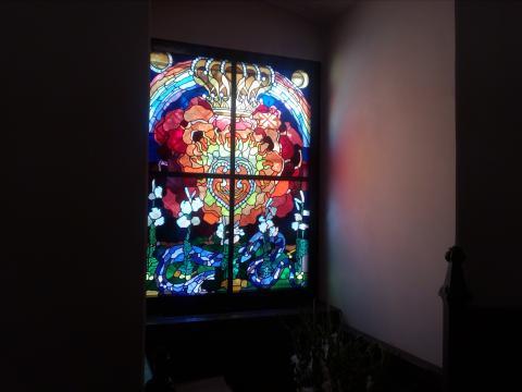 Witraże autorstwa Józefa Mehoffera w kaplicy zamkowej (fot. Krzysztof Krzak)