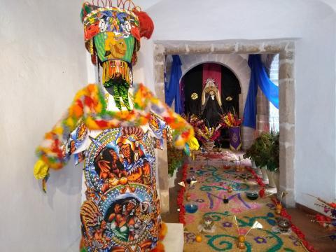 En el centro cultural se exhibe la artesanía folklórica regional y ancenstral.