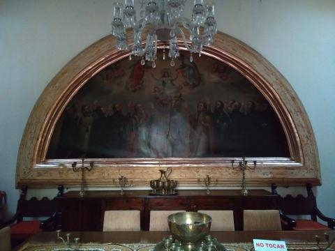 La pintura Virreinal nos expresa un velo de oscuridad y en casos corrosión.
