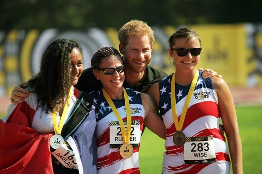 Prince Harry of Wales with members of the U.S. Marine in The Invictus Games 2017 (Image credit - Daniel Luksan, Wikimedia Commons)