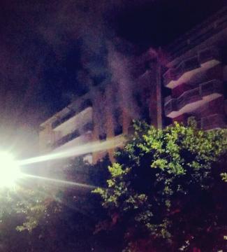 Tanto fumo acre in Piazza Mazzini.