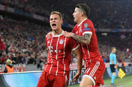 Photos Foot - Joshua Kimmich of Bayern Munchen celebrates 1-0 with ... - madeinfoot.com