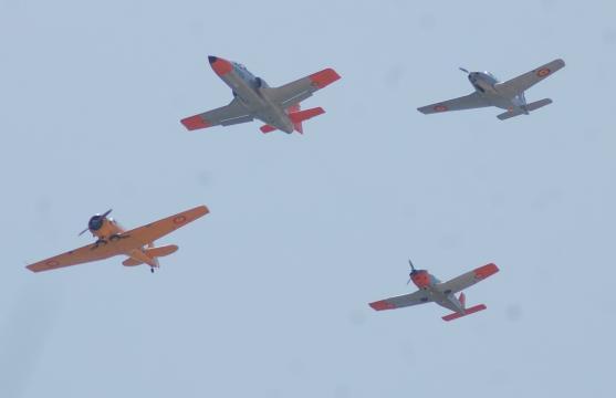 De las hélices a los reactores, muestra de los aviones que han formado, y forman, a los aspirantes a piloto en el AGA