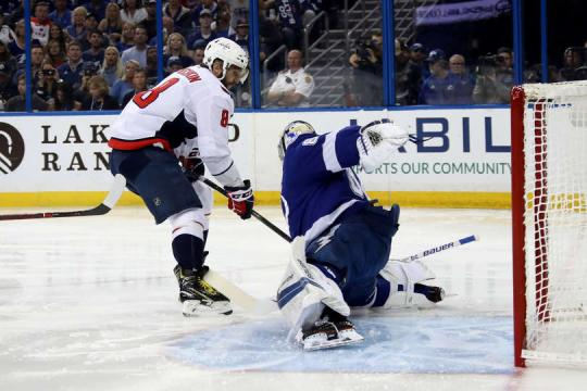 Alexander Ovechkin volvió a marcar otro gol más en playoff. NHL.com.
