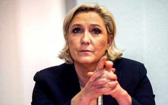 SNCF: au lieu de faire grève, Marine Le Pen propose la gratuité ... - charentelibre.fr