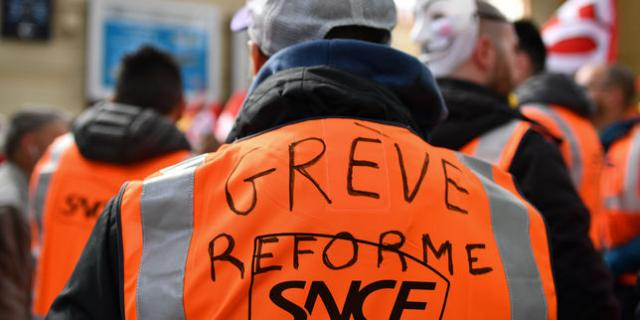 What.IsUp : Dette de la SNCF : le casse-tête du gouvernement - isup.ws