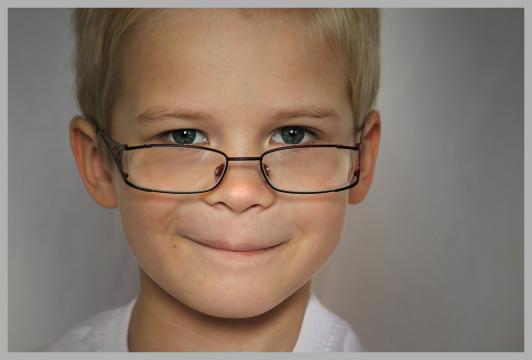 En los años 50 del pasado siglo un estudio determinó que los niños con gafas tenían un cociente intelectual superior al resto de iguales