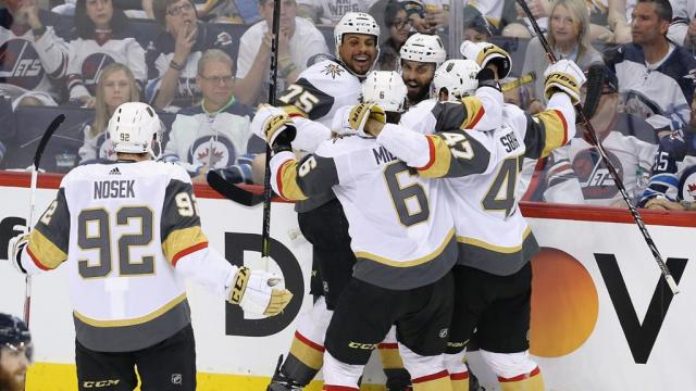 Rya Reaves metió su primer gol de la serie en el momento más oportuno. NHL.com.