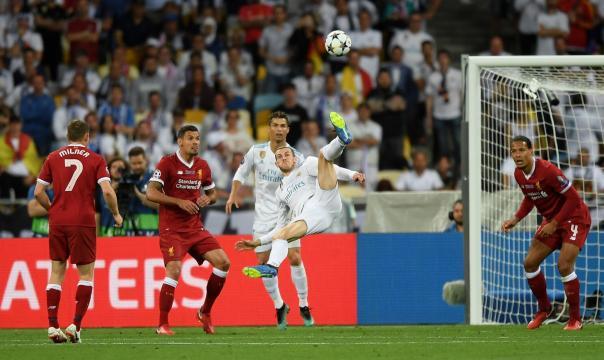 El gol de Bale de chilena ya equipara al de Zidane vs el Leverkusen en la final de 2002. MARCA.com.