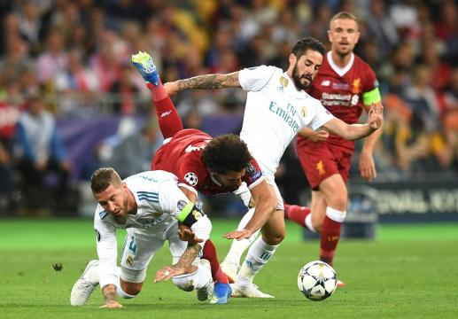 La falta de Ramos a Salah no existió y fue a la inversa; una pena la lesión del astro egipcio. MARCA.com.