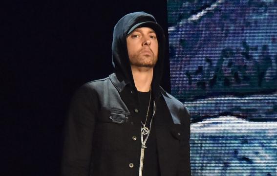 Eminem deja la puerta abierta a romance con Nicki Minaj