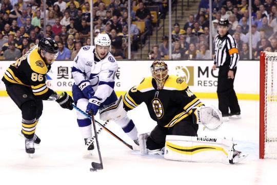 El novao Cirelli tuvo un gran partido en el TD Garden. NHL.com.