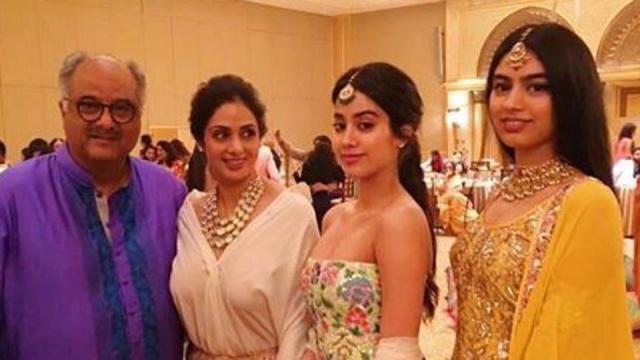 Janhvi, Khushi reach Delhi with dad Boney Kapoor to accept ... - hindustantimes.com