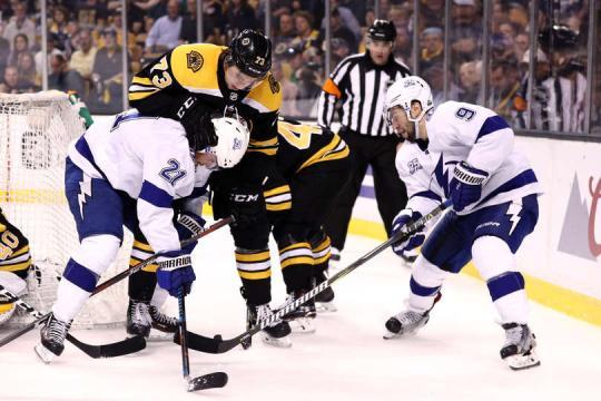 Los Bruins nunca encontraron en ritmo en ofensiva en el juego 3. NHL.com.