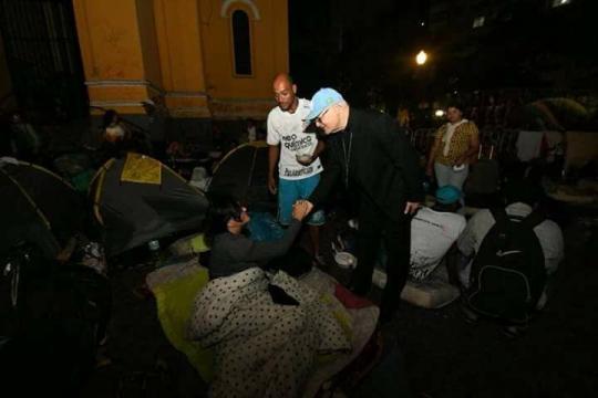 Presença da Igreja Católica no auxilio das vítimas