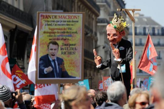 Une «fête à Macron» sous haute surveillance - Le Soir Plus - lesoir.be