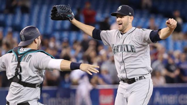 Paxton junto a Mike Zunino en la receptoría, logró el sin hit. MLB.com.